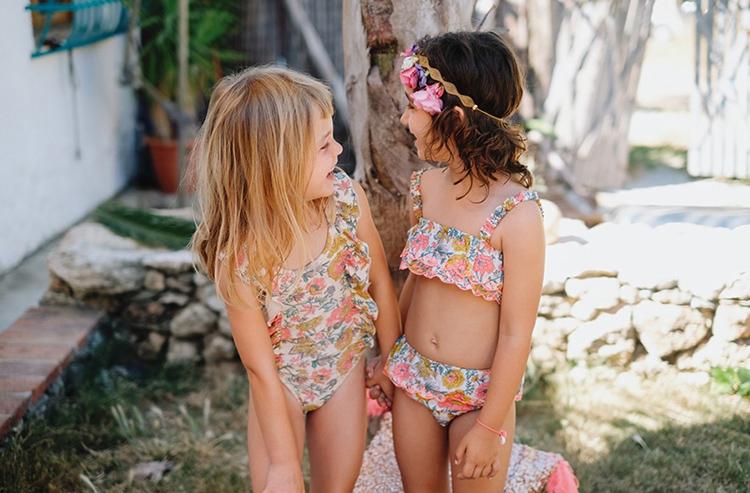 petites filles maillots de bain à fleurs